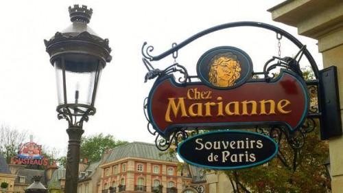 Chez Marianne Sign
